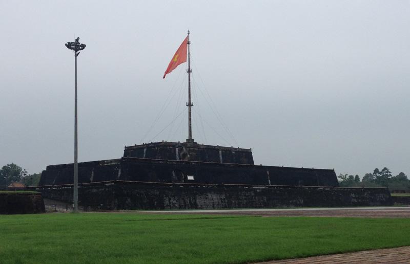 城近くの国旗