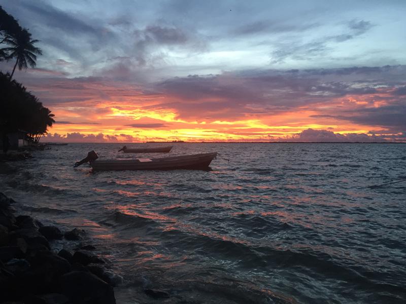 カラバン島の夕暮れ